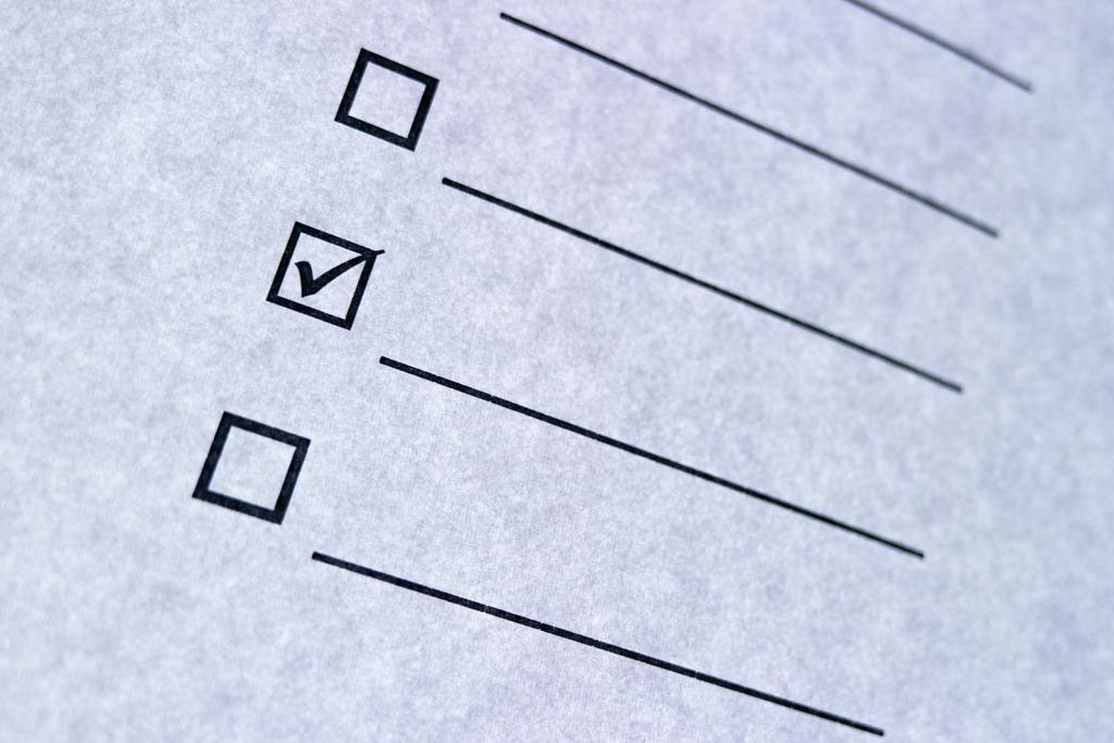 checklist - photo by Daniel Kulinski